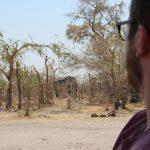 Elefant begrüßt uns am Camp